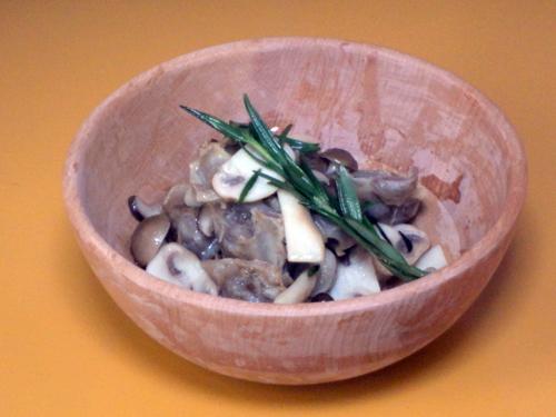 森林鶏砂肝と秋のキノコのコンフィ